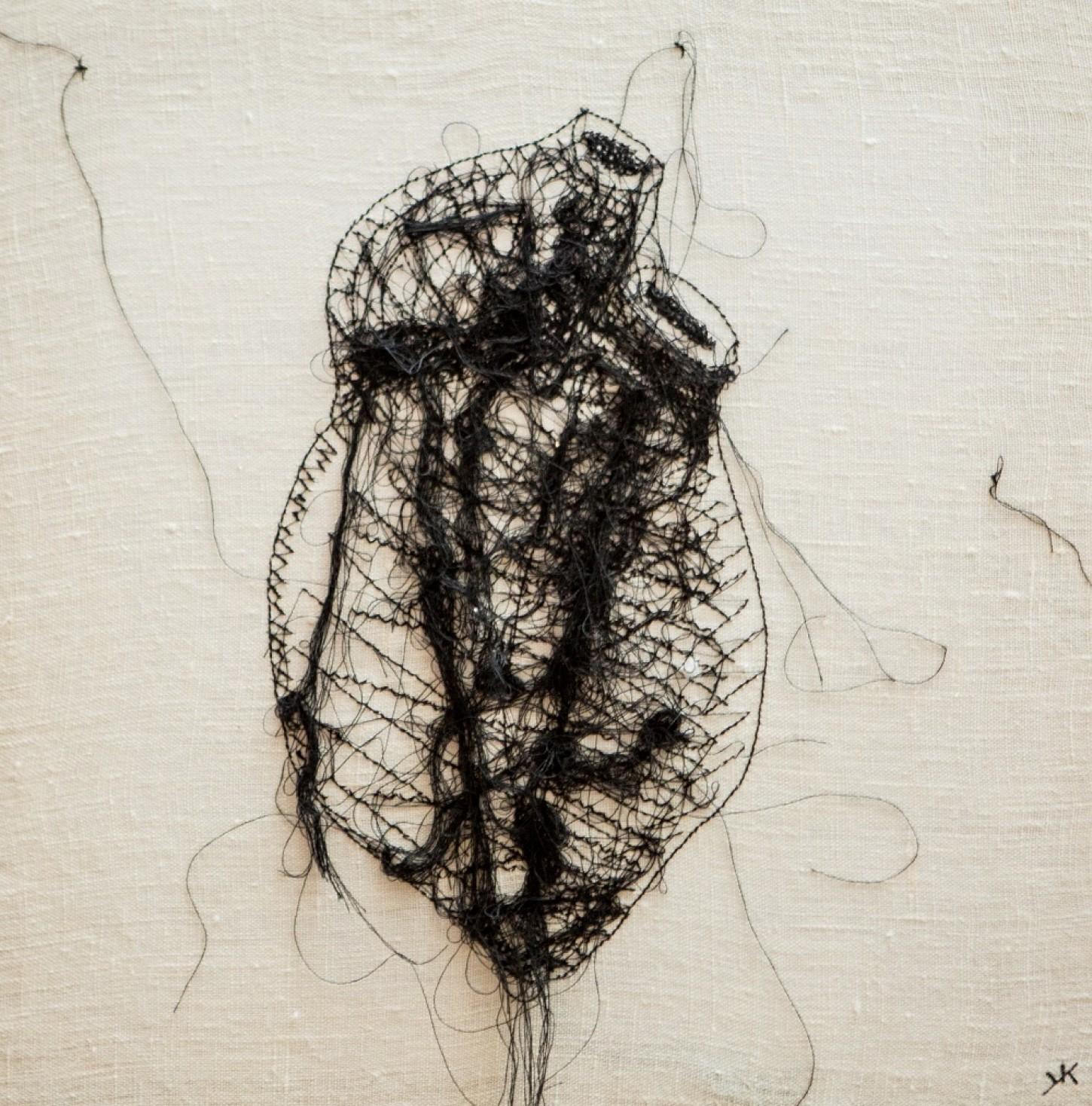 fils noir sur toile 39.5 x 39.5 cm